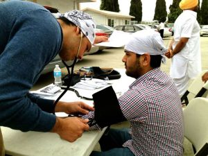 UCLA BPSHI member at a volunteer clinic event